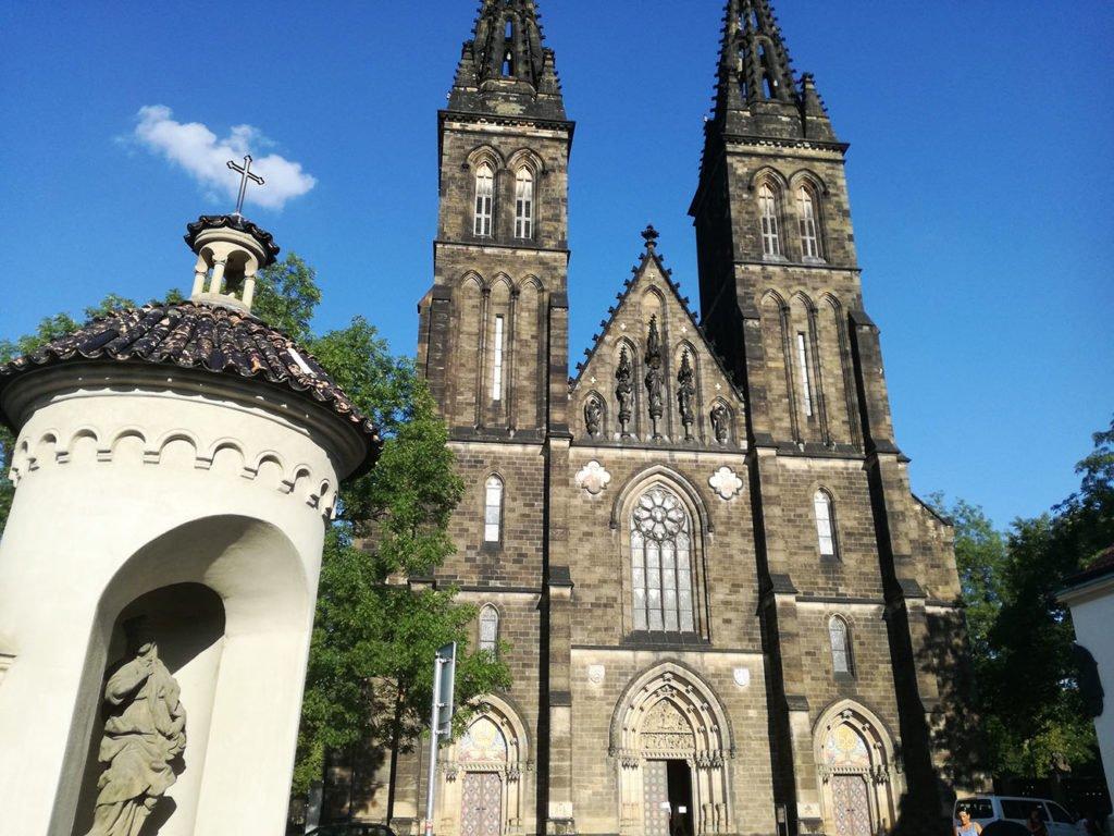 Vysehrad-chiesa-san-pietro-paolo-praga-rep-ceca