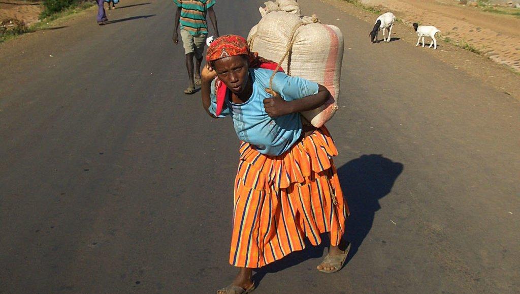 Abiti-Konso-Omo-Valley-Ethiopia-Etiopia-Africa