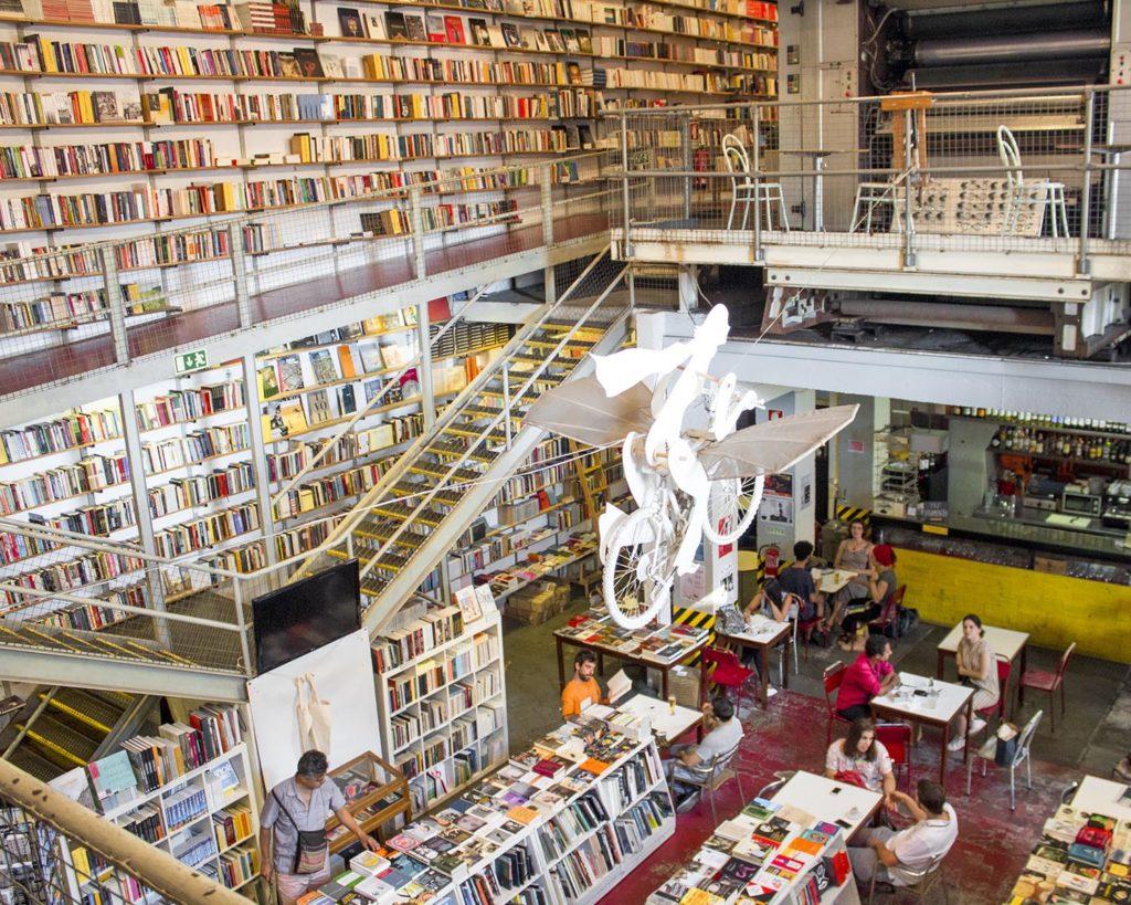 libreria LX Factory-Lx Factory-Lisbona-Lisboa-Portogallo-Portugal-Europa-Europe-