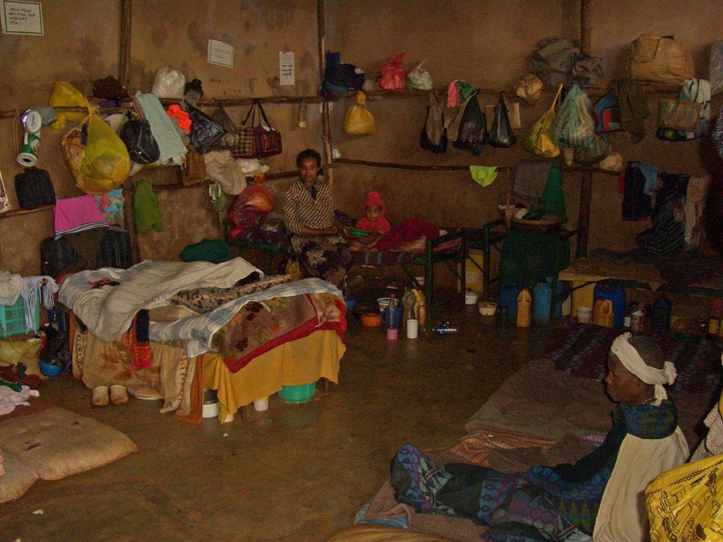 dormitorio femminile-carcere femminile-o-Etiopia-carcere etiope-Ethiopia-Africa