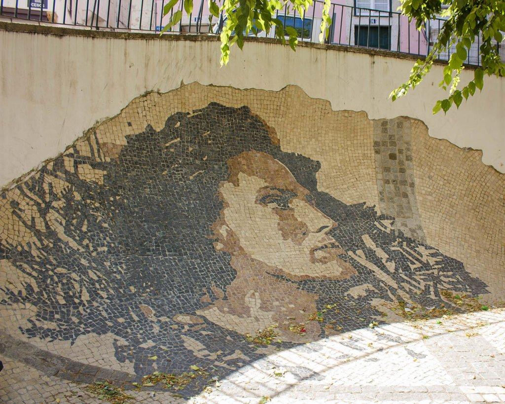 cantante fado-alfama lisbona-Street art Lisbona-Lisbona-Lisboa-Portugal-Portogallo-Europa