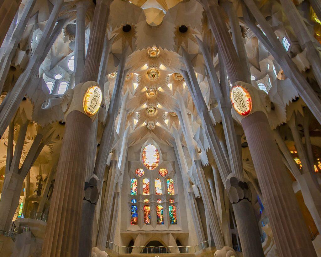 sagrada-familia-colonne-Barcellona-Spagna-Spain-Europa